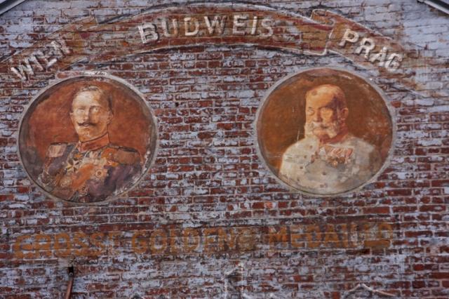 Muurschilderingen zijn een oude traditie in Williamsburg.