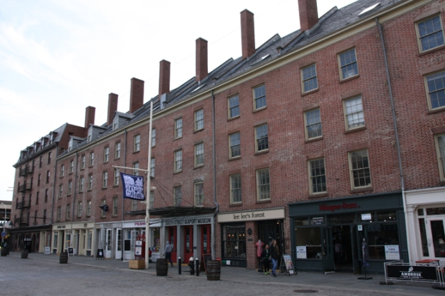 Schermerhorn Row met South Street Seaport Museum