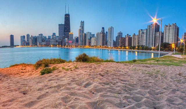 downtown-chicago-from-north-beach-twenty-two-north-gallery
