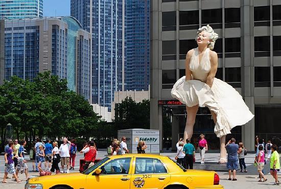forever-marilyn- chicago
