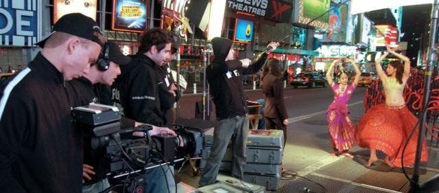 Een camera-ploeg aan het werk op Times Square